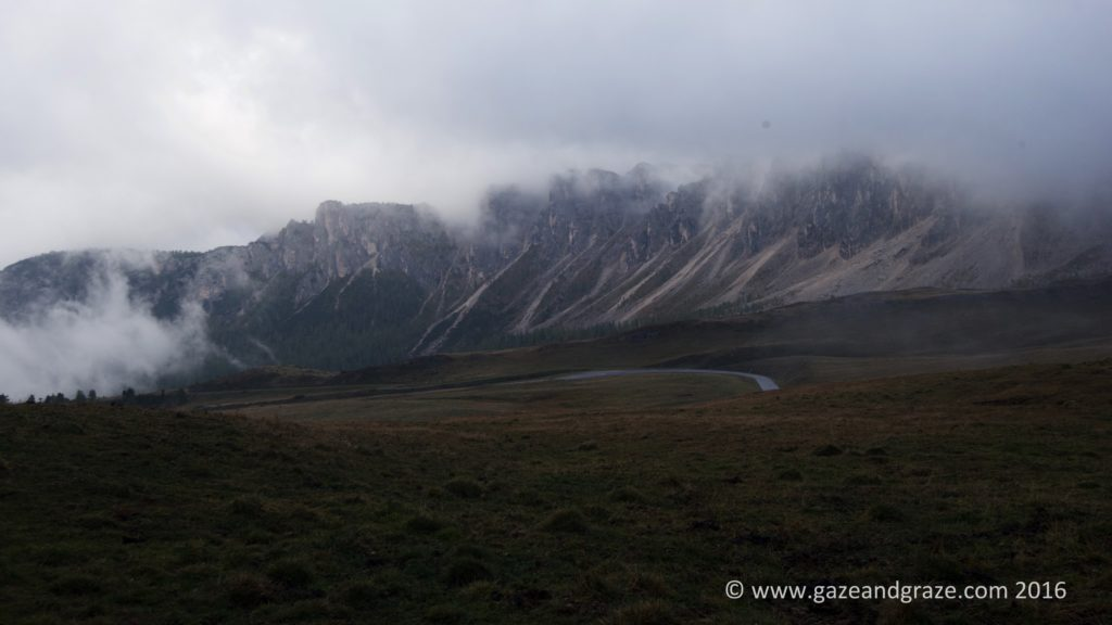 When the clouds lifted a bit, a glimpse of the surrounding mountains